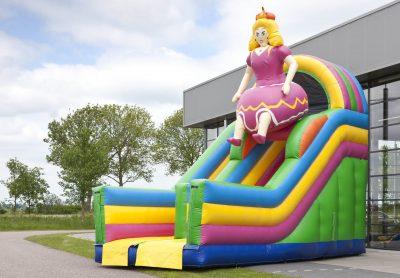 Toboggan gonflable princesse